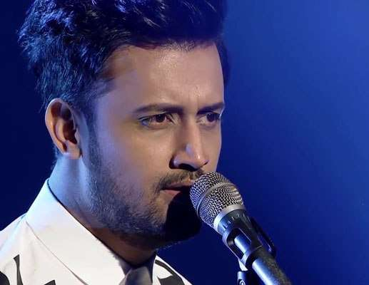 pak singer atif aslam faces backlash for singing indian song in us