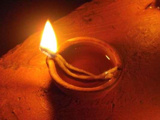 Image result for केले के पेड़ के नीचे दीपक जलाएं