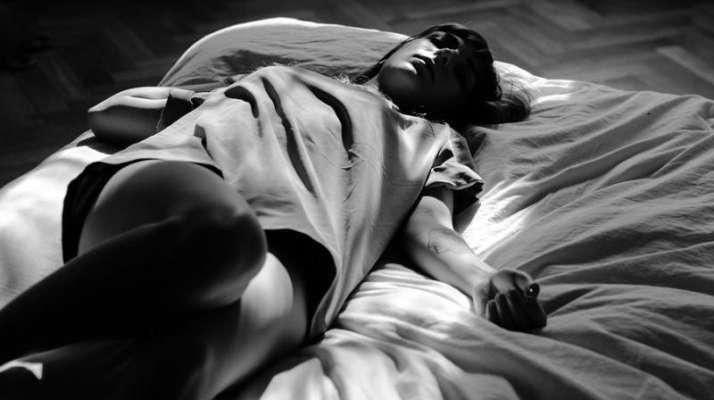 women orgasm in sleep