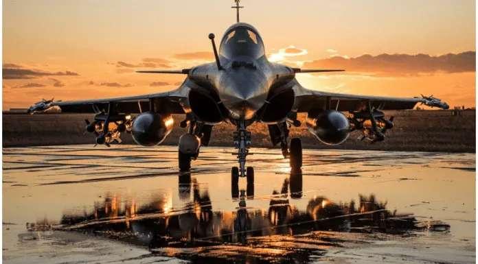 Image result for americi hatiyar , ldaku viman , fighter plane  image