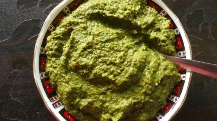 Pulicha Keerai Thuvaiyal Recipe in Tamil