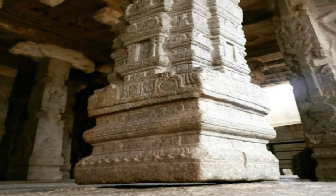 The Secret Mystery Behind The Hanging Pillar of Lepakshi Temple in India! -  Life and Trendz | DailyHunt