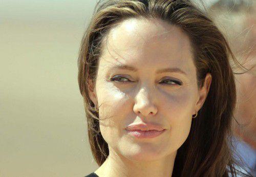 Angelina Jolie Scars