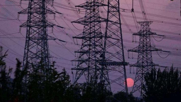 Coal Crisis: કોલસાની અછતને કારણે વીજળીનું સંકટ, શું શહેરથી ગામ સુધી બતીઓ થશે ગુલ ! જાણો કેવી છે પરિસ્થિતિ?