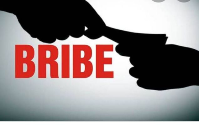 Punjab Vigilance arrests senior official of Intelligence wing for taking  bribe of Rs 3 lakh - True Scoop English   DailyHunt