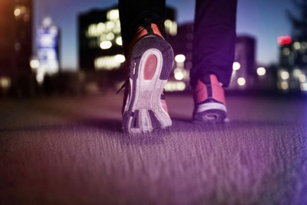 Walking After Dinner : 8 Most Promising Reasons To Follow It Regularly -  Hello Life 4U | DailyHunt