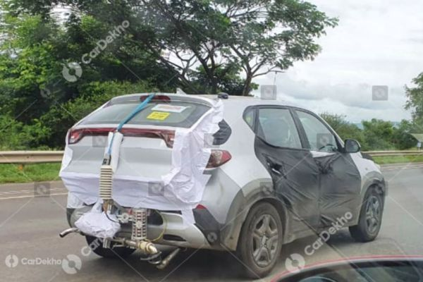 Kia Sonet Interior Spied In Gt Line Variant Features Revealed Car Dekho English Dailyhunt