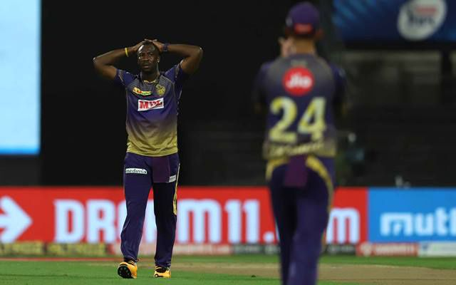 IPL 2020: 3 Mistakes committed by the losing side in RCB vs KKR -  CricTracker | DailyHunt