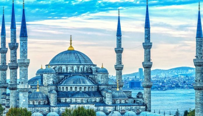 5 Beautiful Mosques To Visit In Istanbul Lifeberrys English Dailyhunt