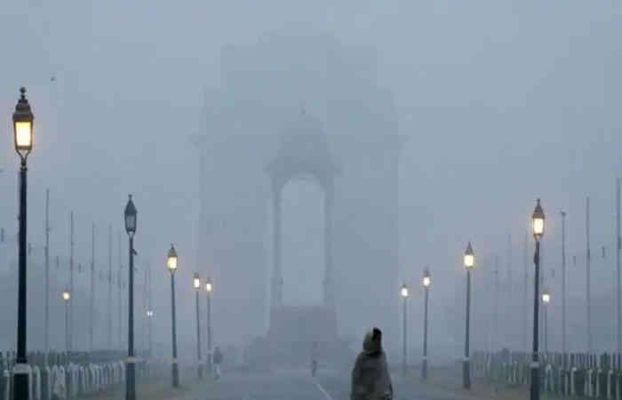 ઉત્તર ભારત બે દિવસ સુધી શીતલહેર અને ગાઢ ધુમ્મસની ઝપેટમાં, આજે તાપમાન 5 ડિગ્રી સેલ્સિયસથી ઓછું