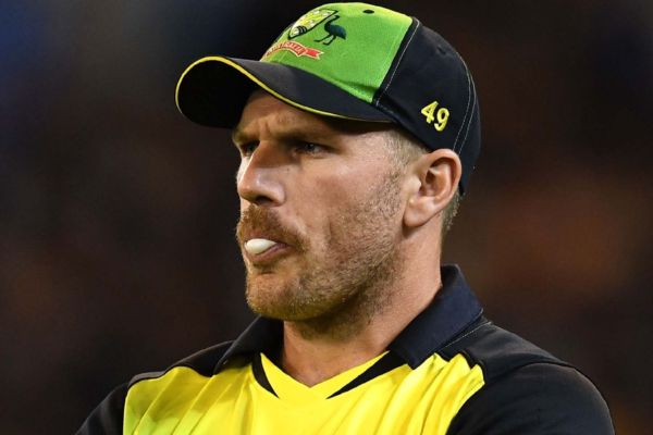 Rohit की जगह लेने के लिये भारत के पास Mayank जैसा काबिल बल्लेबाज है : फिंच