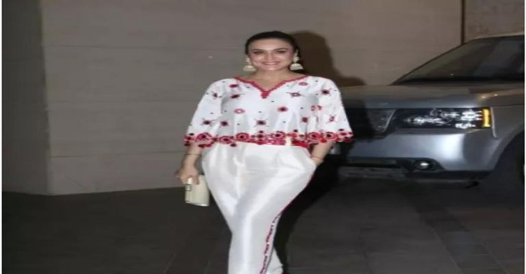 कभी ठुकरा दी थी 600 करोड़ की संपत्ति 34 बच्चों की मां कहलाती है 44 साल की  यह अभिनेत्री - Apani Rasoi | DailyHunt