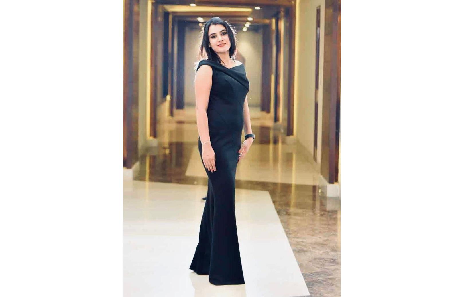 Influencerquipo presents Best female community builder of the year 2021- Bindu Garg